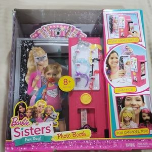 NIB Barbie Photo Booth